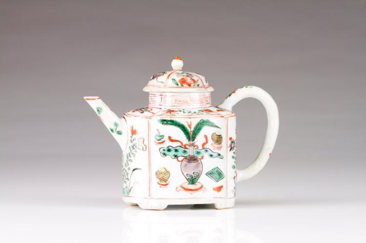 A tea pot