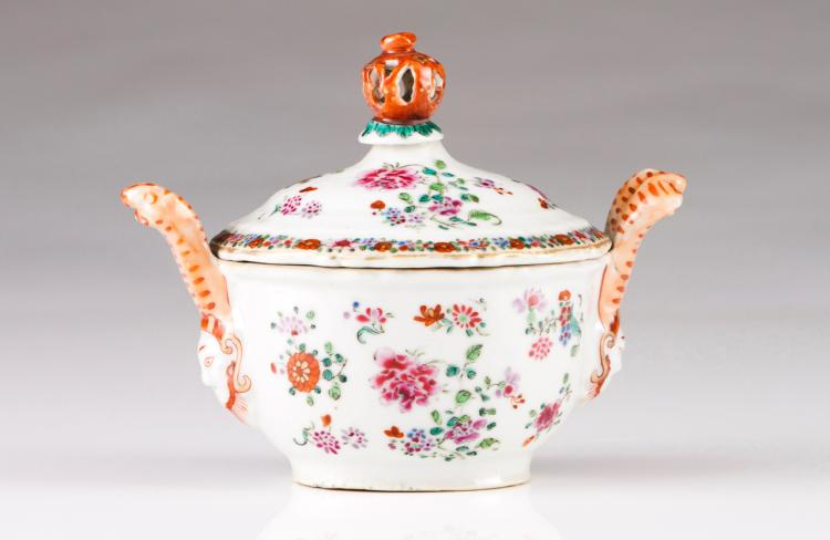 A small oval tureen
