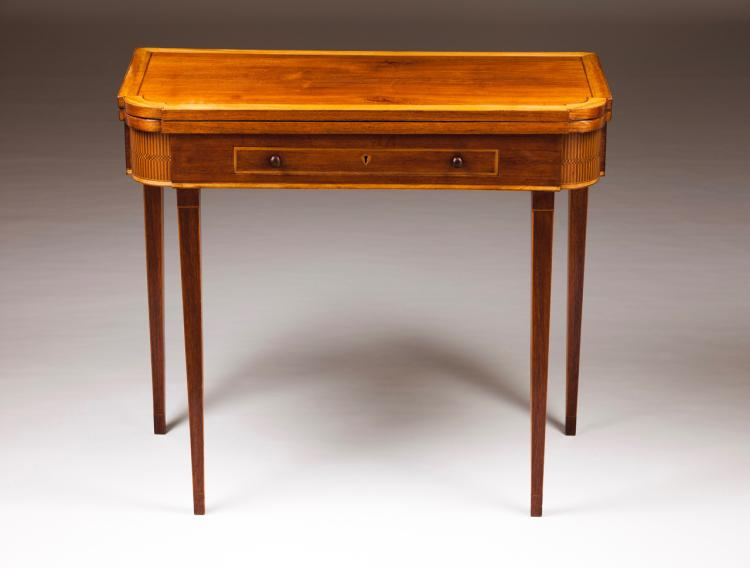 A D. Maria (1777-1816) card table