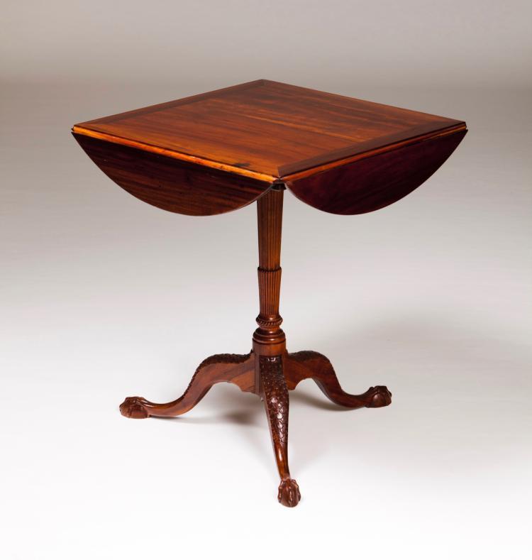 A D. José style tripod table