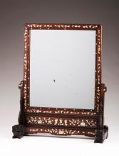 A table mirror