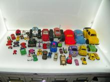 BOX LOT OF 25+ VW BUG TOY CARS - SOME DIE CAST