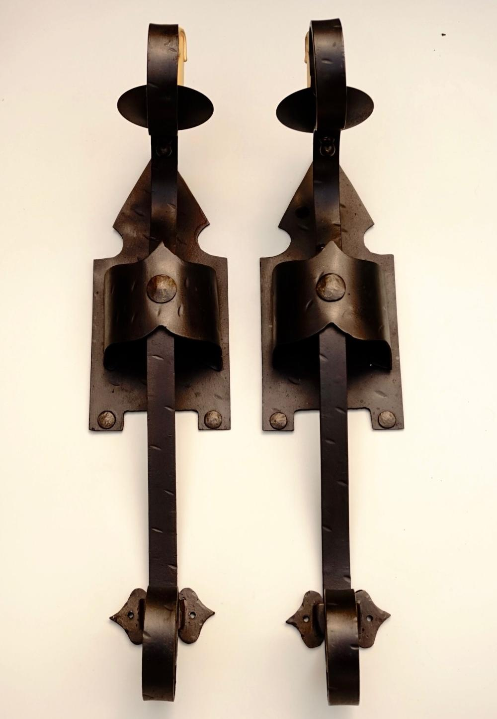 Sold Price Large Italian Wrought Iron Medieval Style Light Sconce April 3 0120 11 00 Am Pdt