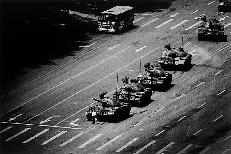 Stuart Franklin - The Tank Man stopping the column of T59 tanks, Tiananmen Square, Beijing