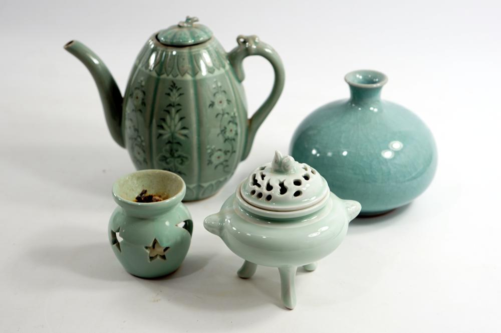 Collection of Korean pottery made of ceramics sealed at the beginning of the early 20th century, height 7-19 cm