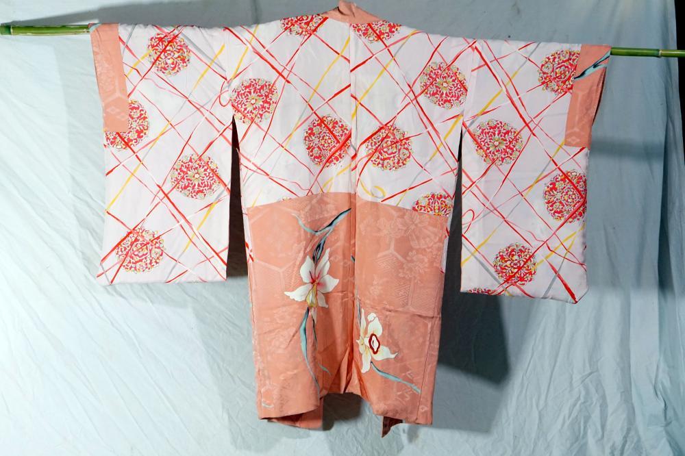 Traditional Japanese kimono size 99 * 127 cm