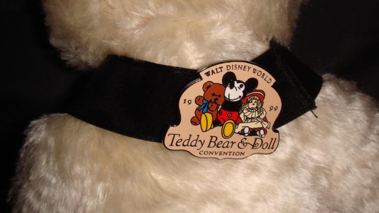 steiff usa disney dawn teddyear teddy bear doll conventi. Black Bedroom Furniture Sets. Home Design Ideas