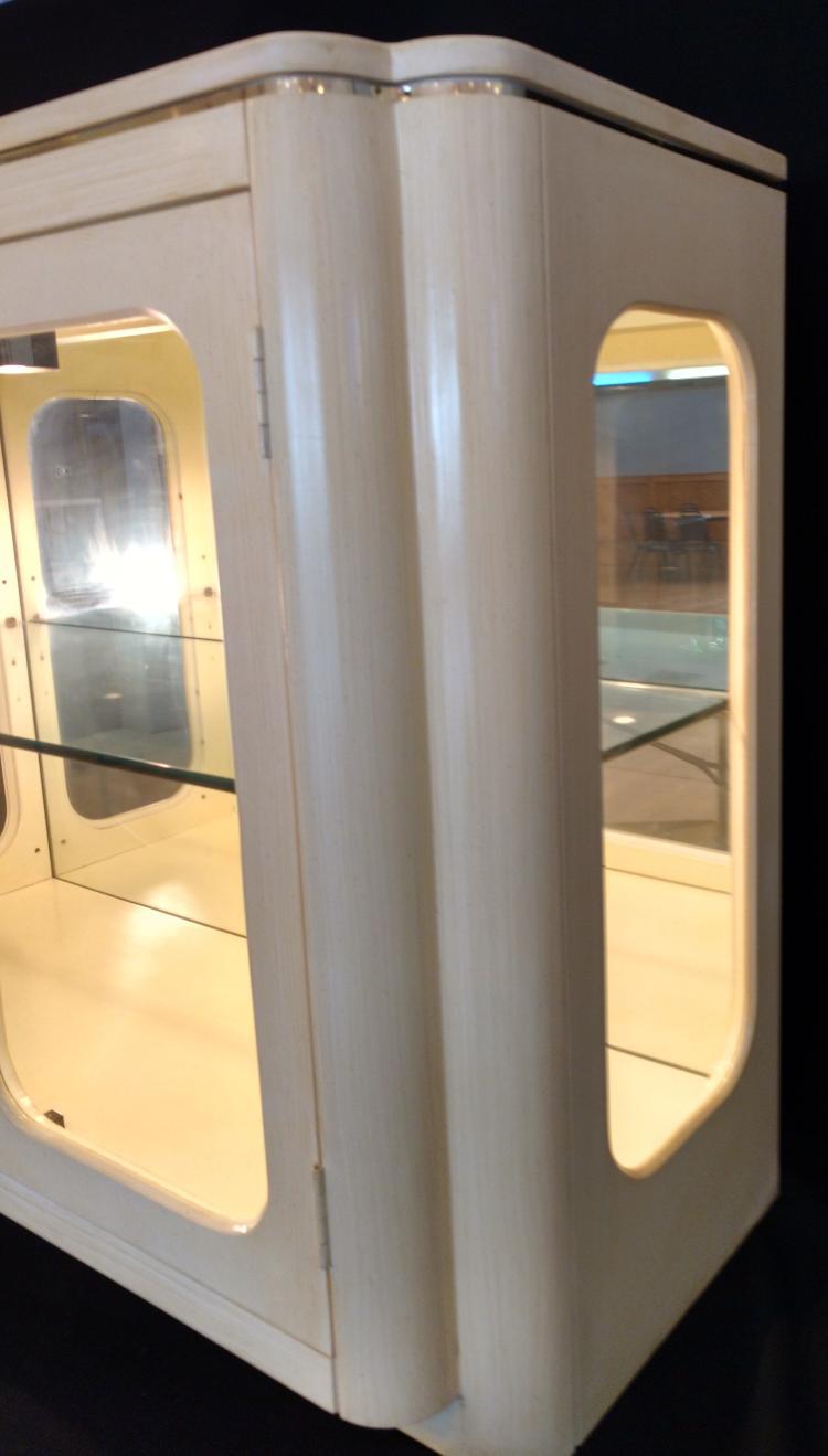Habersham Quality Sideboard Lighted Display Cabinet