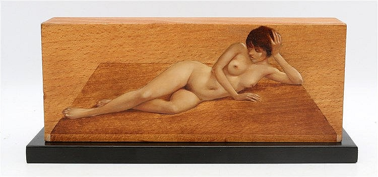 Karel van Rooijen (1945-) Reclining nude on a wooden surface. Wit