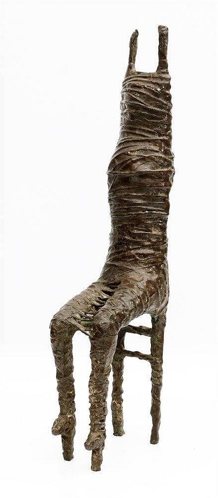 Maja van Hall (1937-) 'Bound'. Unsigned. Hoogte 45 cm.