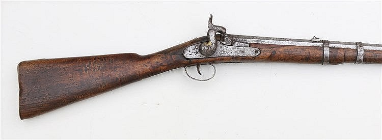 A percussion rifle. Associated, with 19th century elements. Len