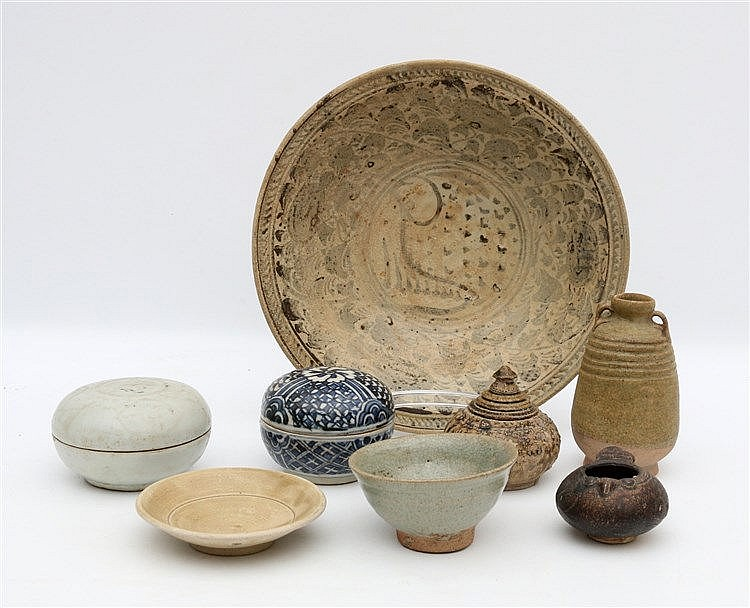 A collection Sawankhalok, Thai and Southeast Asian pottery, comp
