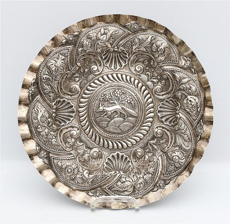 A Djokja silver sacrificial bowl with floral motifs. Marked ZII.