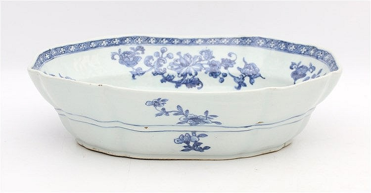 A Chinese blue and white oblong octagonal serving bowl decorated
