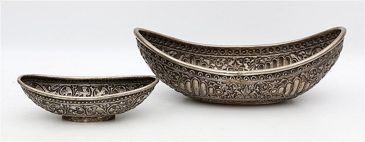 Two Djokja bowls with floral motifs and Gara Yaka masks. Indones