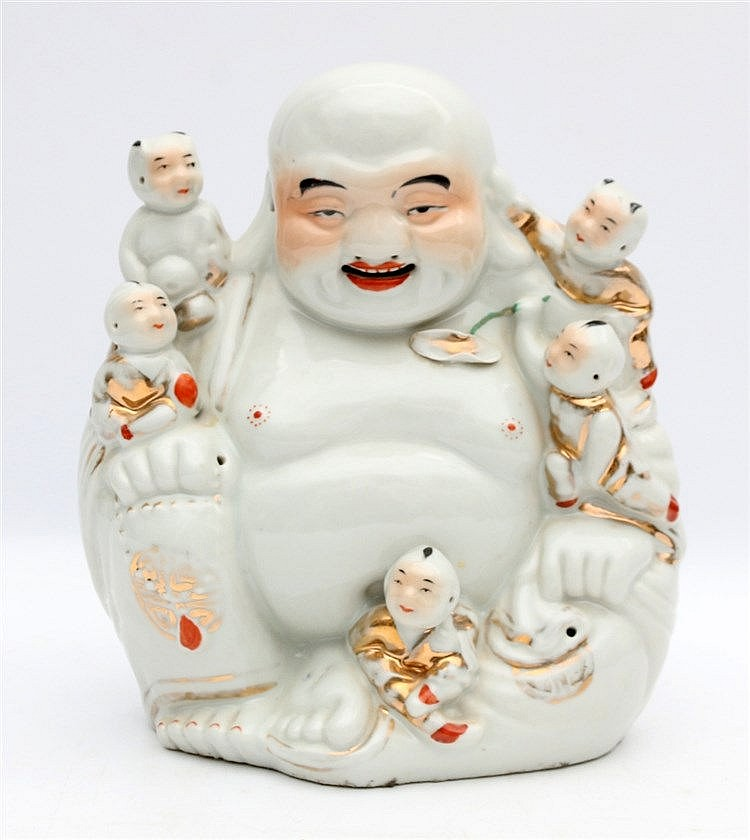 A Chinese white-glazed model of Budai with children. Hoogte 24,