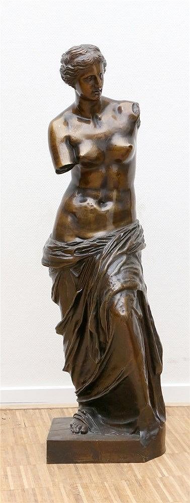 Toegeschreven aan Ferdinand Barbedienne (1810-1892) A bronze scul