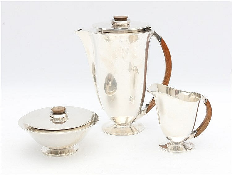 Silver coffee set by Koch& Bergfeld, Bremen. First half 20th cen