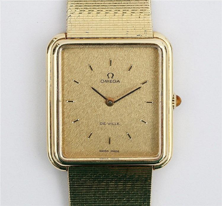 Gold wrist watch, Omega de Ville. Ref. nr. 8380. Rectangular m