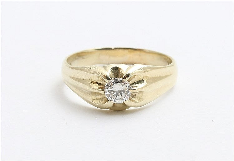 Diamond set 14 krt yellow gold ring. Tiffany model. Diamond wei