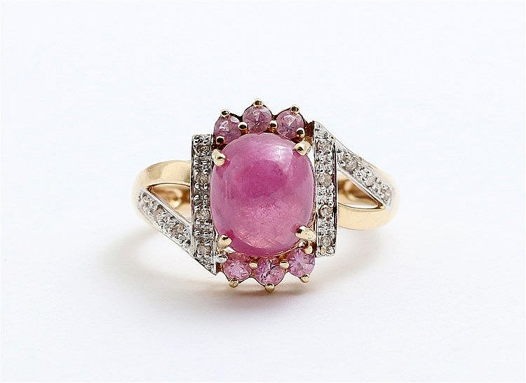 Ruby, pink sapphire and diamond set golden ring. Yellow gold, 1