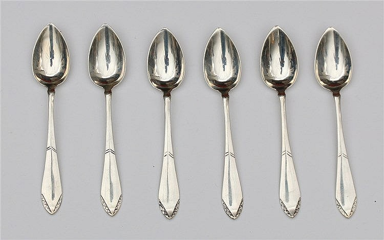 Six silver teaspoons by Johannes Albertus Adolf Gerritsen, Zeis