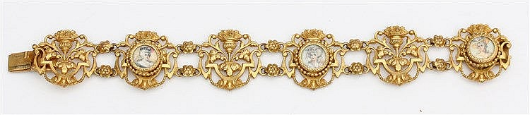 Pinchbeck bracelet, 19th century. With three miniature portraits