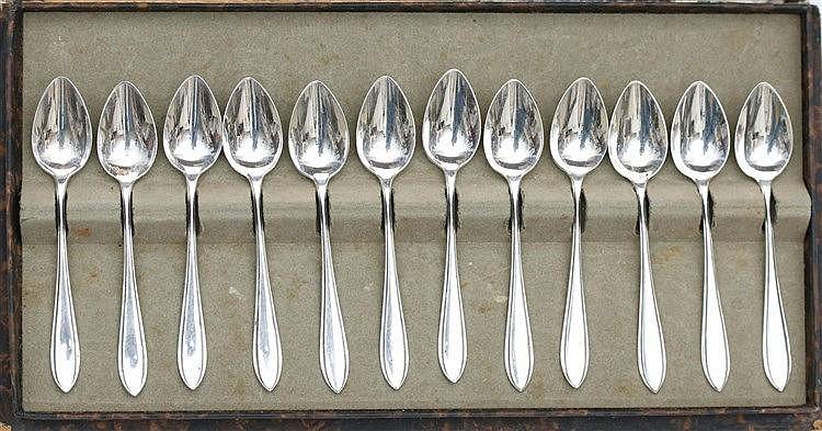 Twelve silver teaspoons by Zilverfabriek Voorschoten, 1st half 2