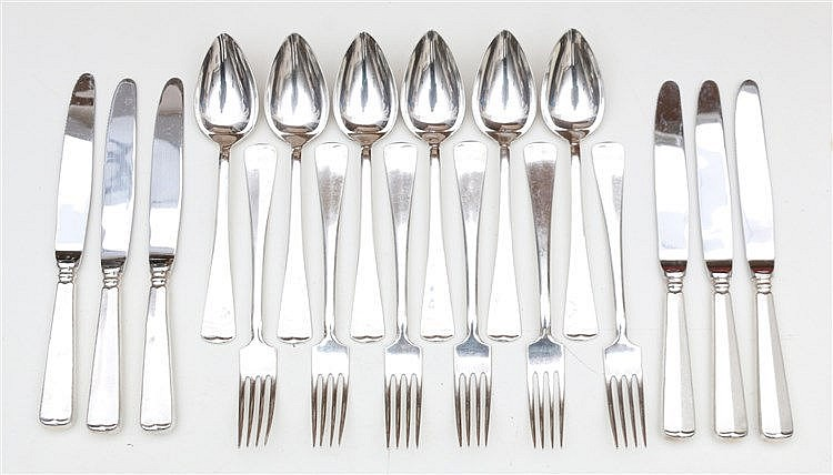 Silver cutlery, spoons forks and knives. Marked 999. Datemark 19