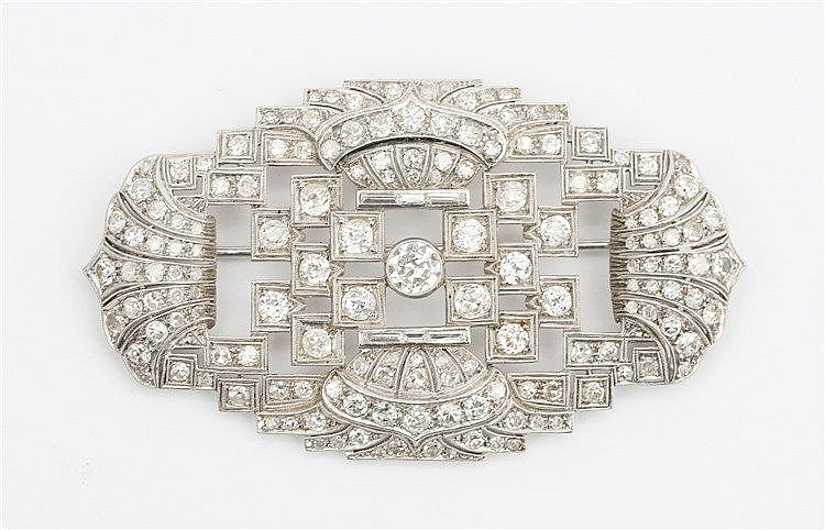 Art Deco diamond set platinum brooch.  Total diamond weight a
