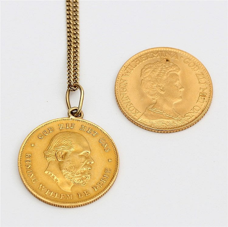 Two gold coins, one with necklace. Total weight 19.0 gram.
