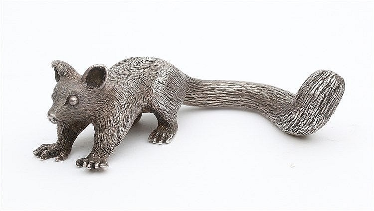 Silver miniature animal figure. Lengte 7 cm.