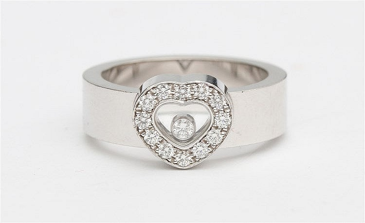 Chopard Happy Diamonds ring, Heart shaped. White gold, 18 krt.