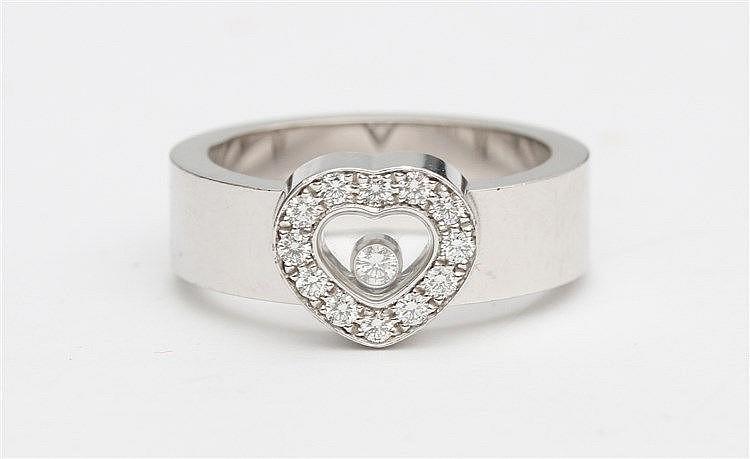 Chopard Happy Diamonds ring, Heart shaped. White gold, 18 krt.