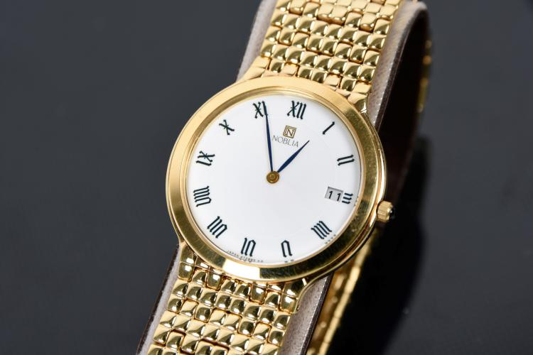 A Citizien men's wristwatch
