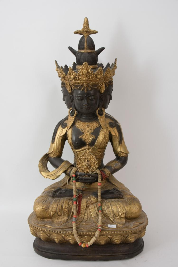 A great statue of a Guanyin