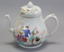 large Chinese export porcelain teapot, 18th c.