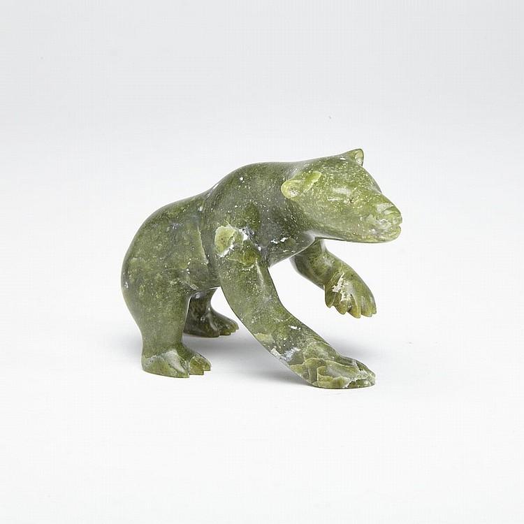 KELLY PISHUKTEE (1948-), SCENTING POLAR BEAR, stone, 2.75