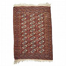 Tekke Rug, Turkish, middle 20th century, 5'7