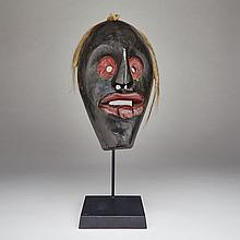North American Iroquois Indian False Face Society Mask, 19th/20th century, mounted height 19.5