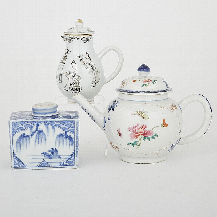 A Group of Three Chinese Export Pieces, 18th Century, largest 5.5