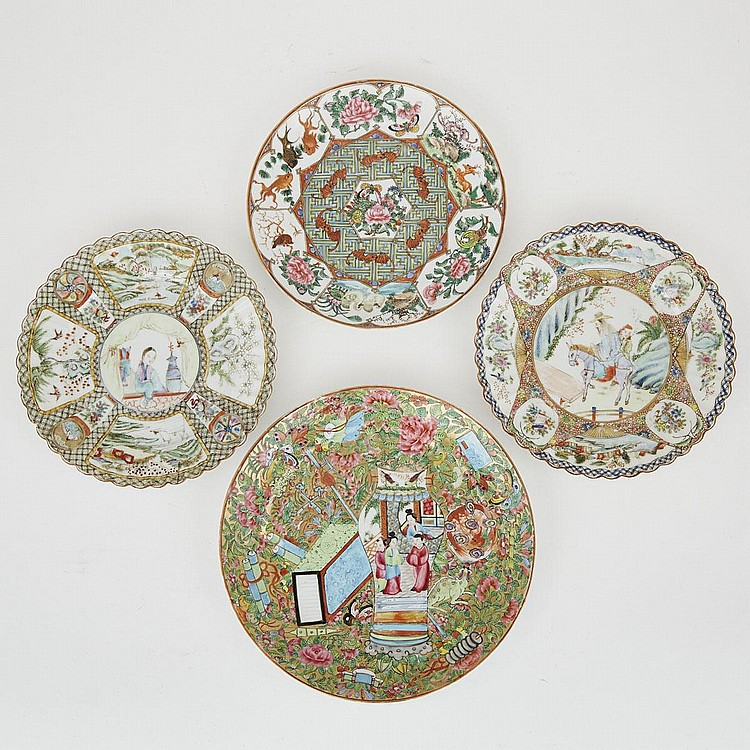 A Group of Four Chinese Figural Export Plates, 19th Century, largest diameter 10