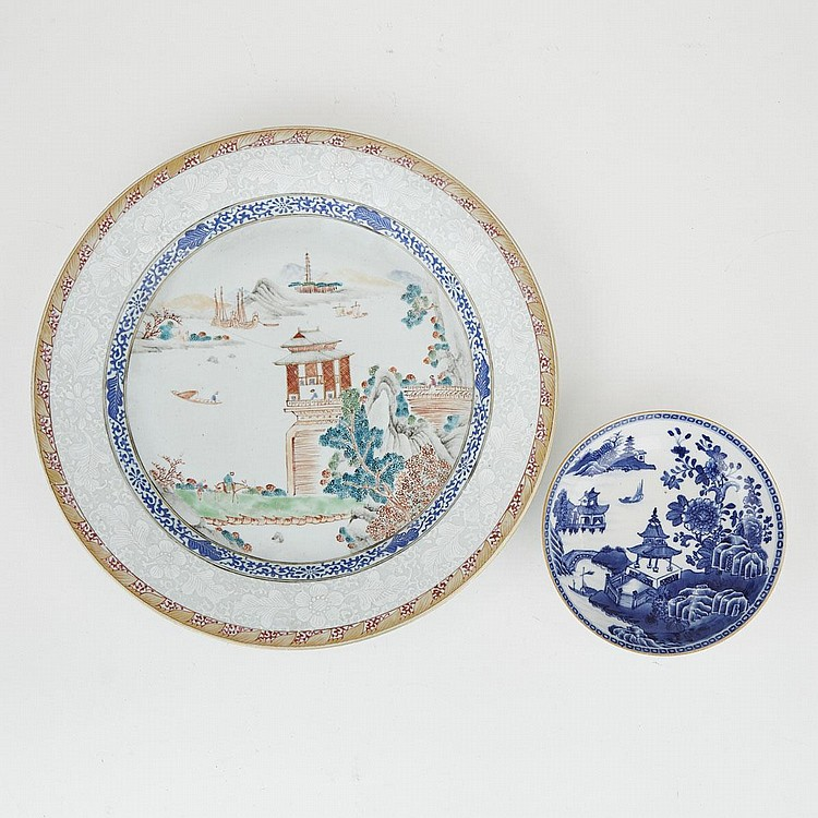 Two Chinese Export Landscape Plates, 18th Century, largest diameter 13.8