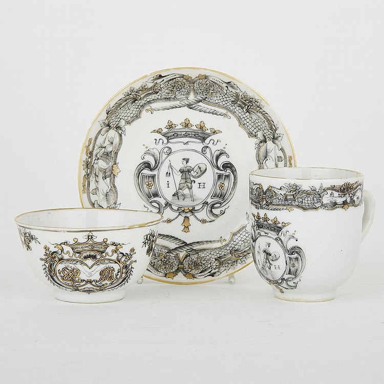 A Group of Three Export En Grisaille Wares, Qianlong Period, tallest 2.6