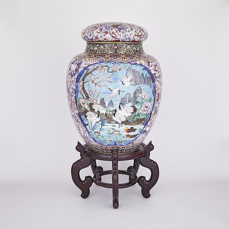 A Massive Chinese Cloisonné Covered Jar, Early 20th Century, height 25