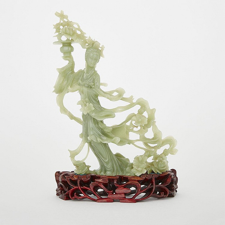 A Finely Carved Jadeite Lady, Early 20th Century, 9.3