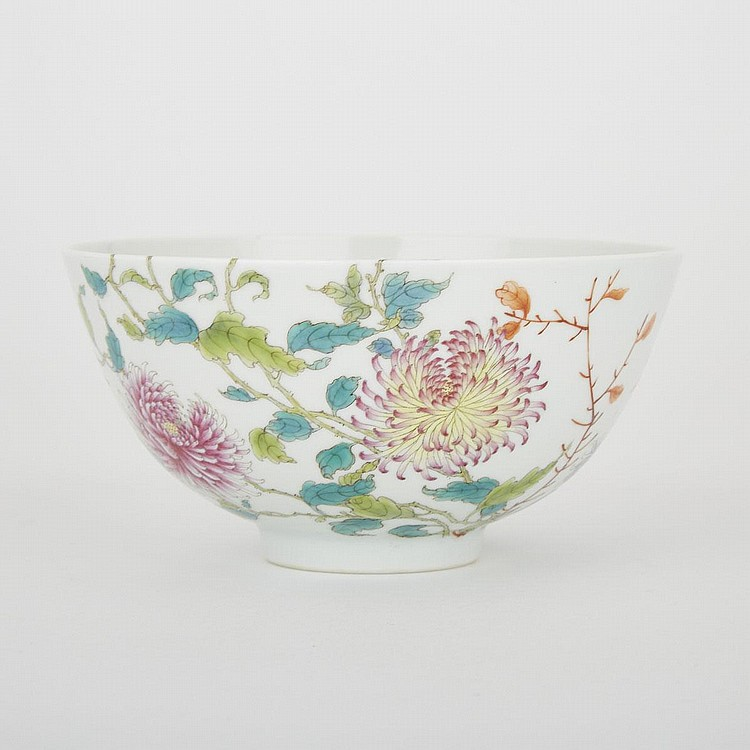 A Famille Rose Chrysanthemum Bowl, Yongzheng Mark, 3