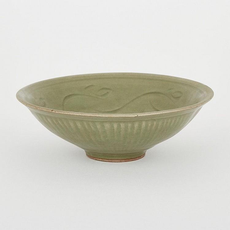 A Longquan Bowl, 19th Century, diameter 7.3
