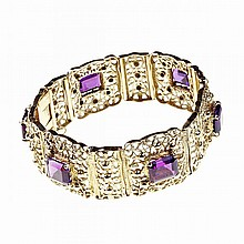 18k Yellow Gold Openwork Bracelet, set with 6 emerald cut amethysts