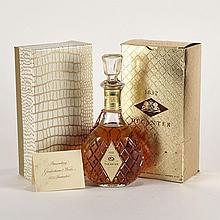 GOODERHAM & WORTS (1 25 OZ)G&W.; Canada. 40% ABV / 25 ozDistilled: 1948Notes: Gold box 1 bt.per lot $300 - $400